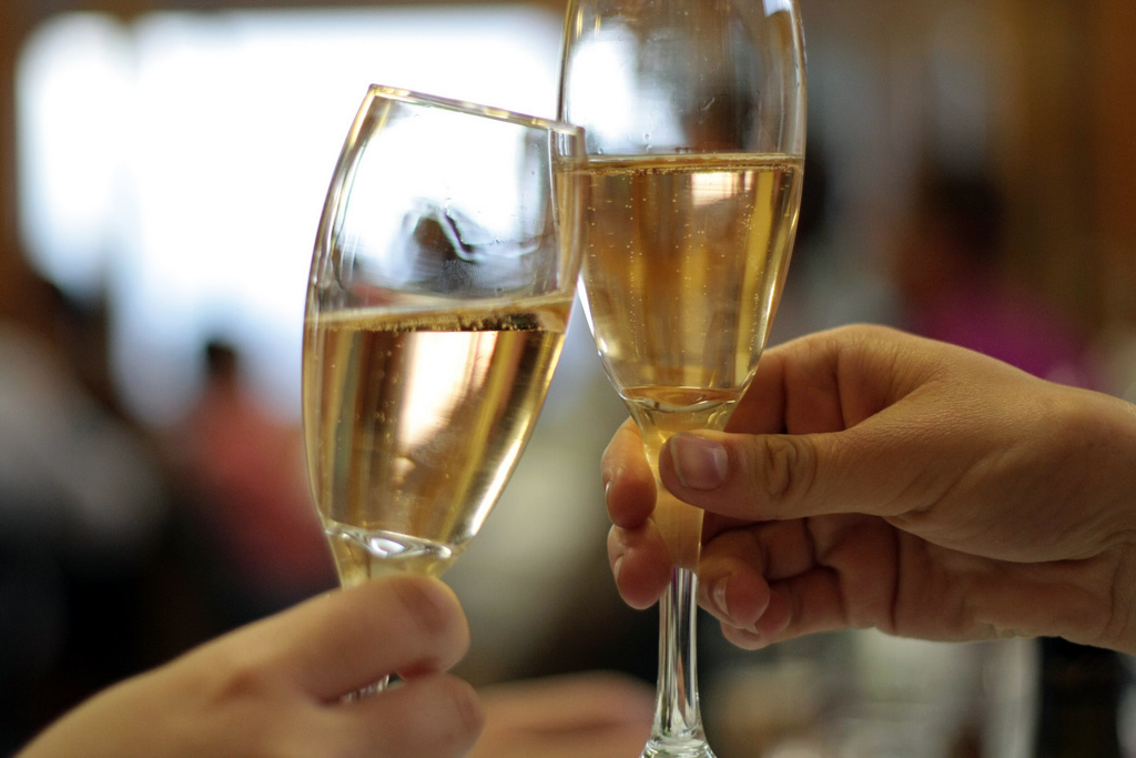 Putting the Sparkle in Sparkling Wine