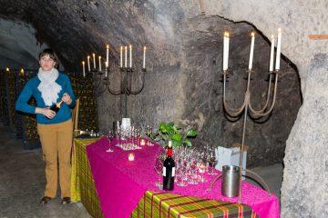 Shramsberg Vineyards tasting table
