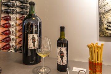 scratch wines bottle