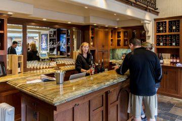 silvestri vineyards tasting room