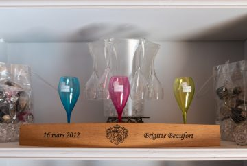 beaufort gift shelf