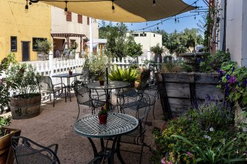 lvvr sparkling cellars patio