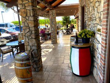 Le Vigne Winery Promenade